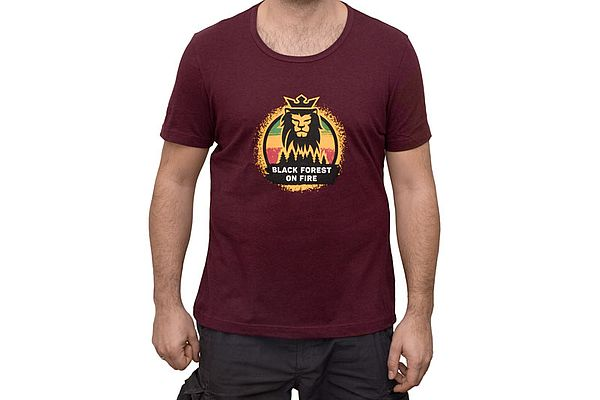 Black Forest On Fire Herren T-Shirt bordeaux